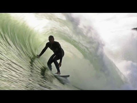 Surfing through Portugal with Vasco Ribeiro