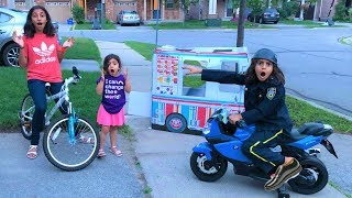 Police Buy Ice Cream from the Ice Cream Truck!! Kids Pretend Play part 2