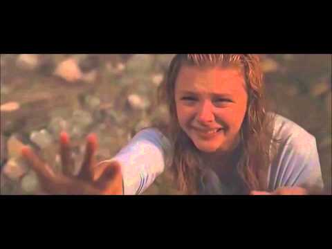 """Carrie"" (2013) CLIP: Sue Comforts Carrie [Chloe Grace Moretz, Gabriella Wilde]"