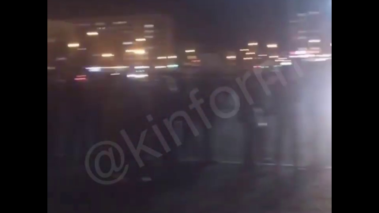 В Сургуте эвакуировали посетителей торгового центра.
