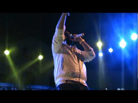 RDB Tare Gin Gin Live  Iqra University Karachi 10th Oct 11