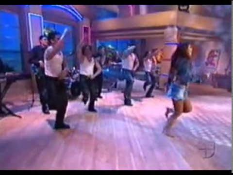 Aracely Arambula - Enseando Calzones #1