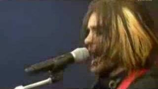 "30 Seconds to Mars Video - 30 Seconds to Mars - ""Savior"" @ PinkPop"
