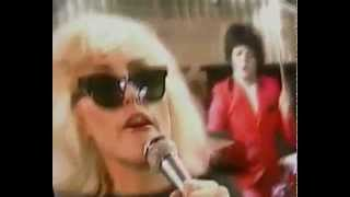 Watch Blondie Accidents Never Happen video