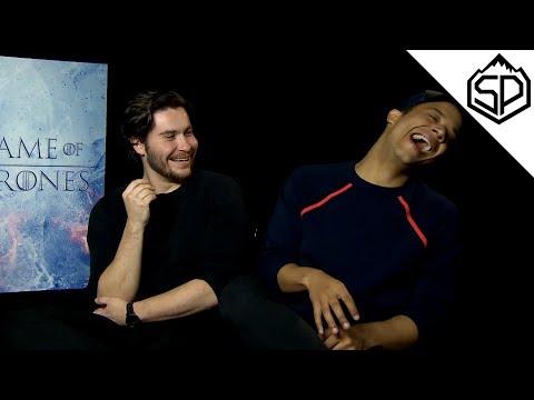 Актёры Игры Престолов рассказывают смешные истории со съёмок сериала
