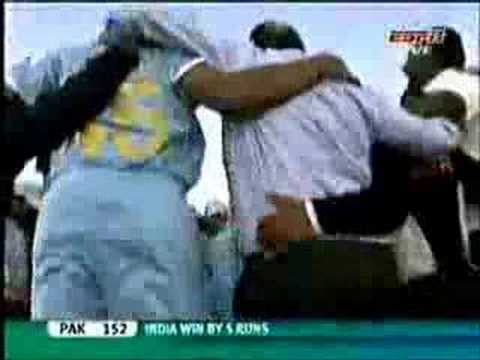 Nakka Mukka ..Indian Cricket Team ........... tamil song
