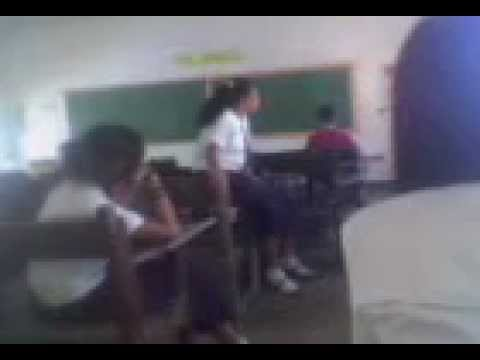 High Schoolgirl Takes The Camera.3gp video
