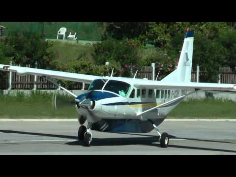 Difficult  landing runway airstrip  ST. MAARTEN & ST. BARTHS AIRPORTS EXTREME!