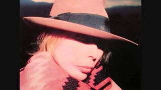 Watch Joni Mitchell Snakes And Ladders video