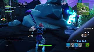 this is why i don't play fortnite with these idiots
