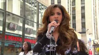 Beyonce -  Irreplaceable live in New York