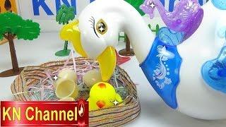 Đồ chơi trẻ em Bé Na Thiên Nga biết đẻ trứng, ấp trứng KN Channel Lay Egg Swan Childrens toys