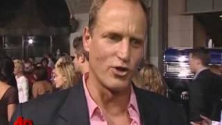 Thumb Woody Harrelson en el estreno de Zombieland