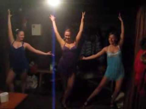 Бразильский карнавал в русской бане - Смоленское Поозерье веселое застолье баня горячие девчонки