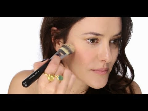 Lisa Eldridge - Basics: Liquid Blush