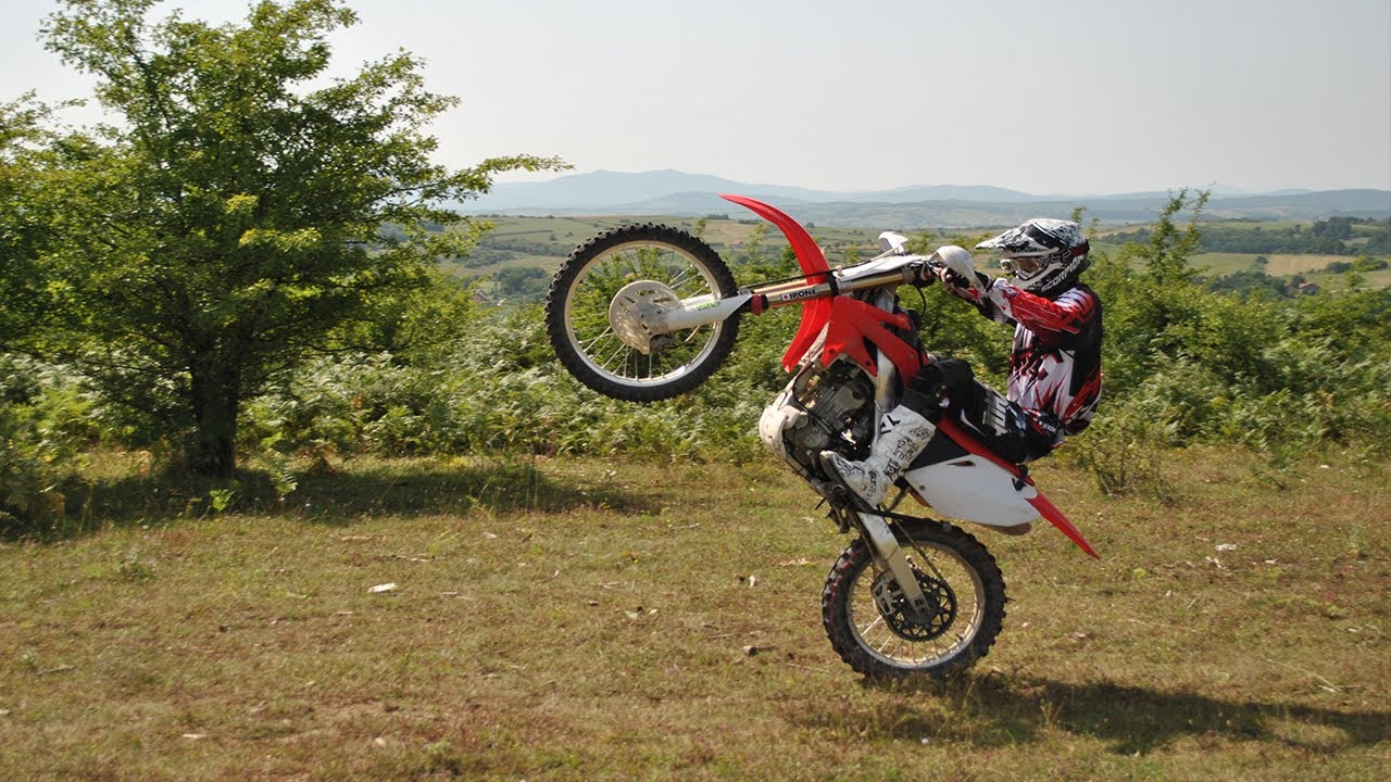 Crf250R For Sale >> Learning to Wheelie a Dirt Bike [Honda CRF250R] - YouTube