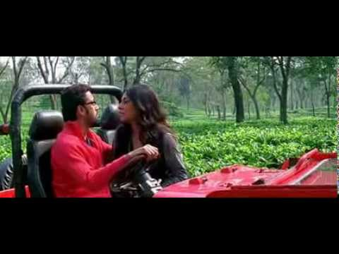 Roopa Ganguly  Hot Smooch In Tea  Garden video
