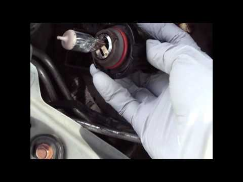 Nissan Altima 2001 Headlight Bulb Replacement /  (The Easy Way)!