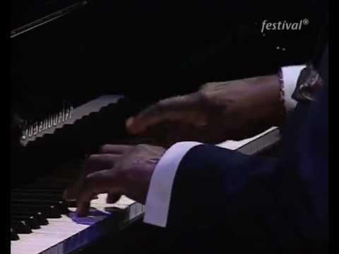 Oscar Peterson - Nighttime