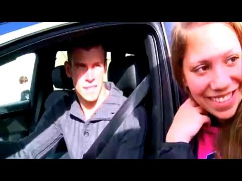 Gareth Bale refuses to give a kiss to a Real Madrid fan (01-11-2013)