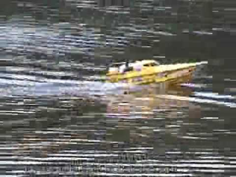 Great Power Ocean Queen- Triple-motor Electric Powered Monohull radio control boat