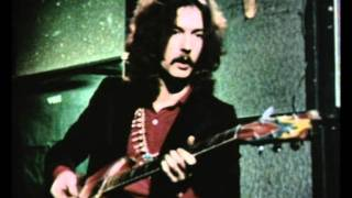 Eric Clapton Interview & Playing Demo At Age 23
