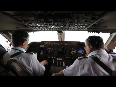 Inside the Cockpit - VH-OJC Boeing 747-438 Takeoff Sydney Runway 16 Right