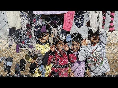 آلاف الأكراد السوريين يعودون الى كوباني