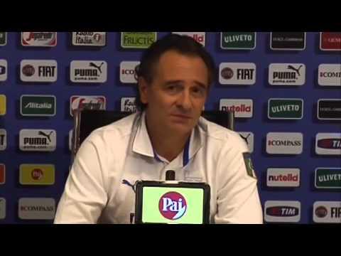 VIDEO Prandelli contro Balo:| 'Ci tieni alla maglia azzurra'