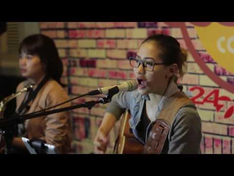 Accoustic Cover- Hari Bersamanya- Sheila On 7 By Youniverse