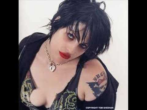 Spinnerette / Brody Dalle Video