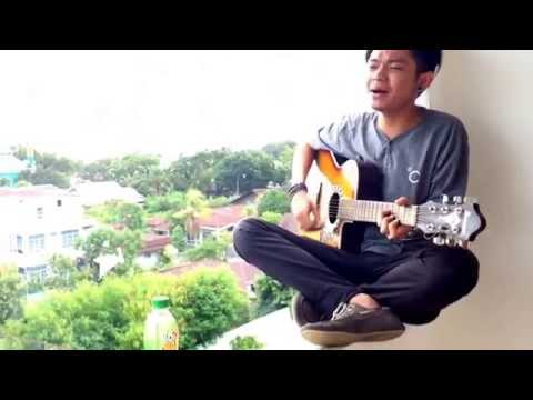 Ebiet G Ade - Titip Rindu Buat Ayah Cover By Ario R