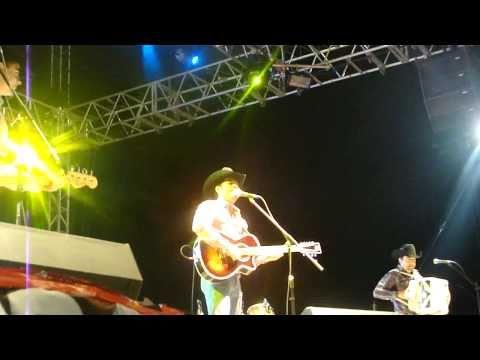 La Leyenda- Ay Amor en vivo en Borderfest