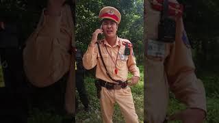 CSGT Lạng Sơn gặp bác tài cứng cuối cùng cũng cho đi