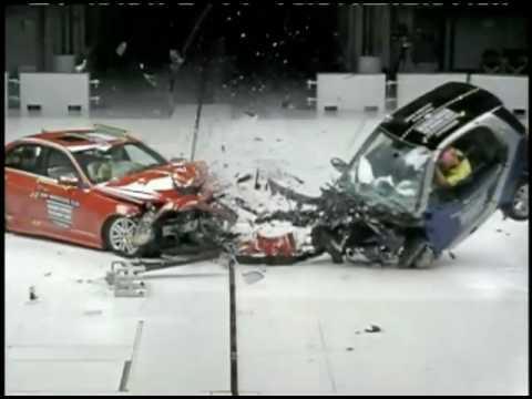 Iihs Crash Test 2009 Smart Fortwo Vs Mercedes C300 Youtube