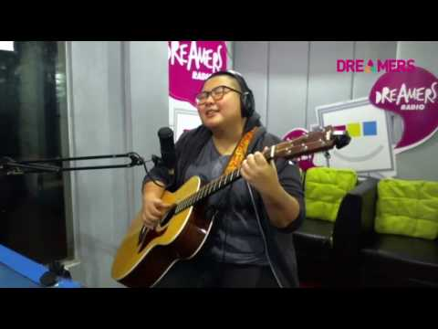 Download Yuka - C.I.N.T.A Cover LIVE at FRIDAYKUSTIK Mp4 baru