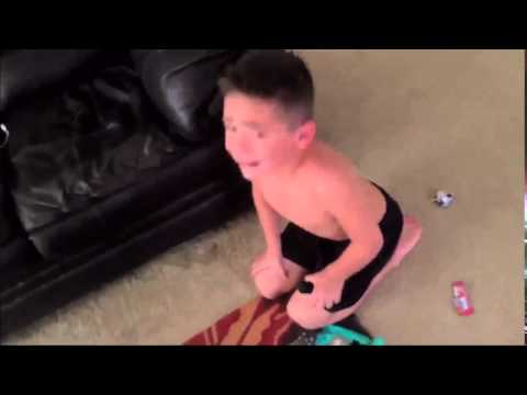 Что будет если сказать ребёнку, что ты съел все его конфеты.(DartV)