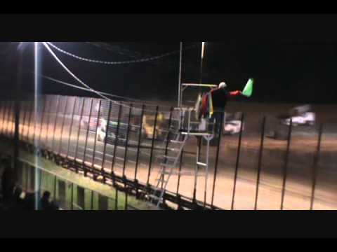 Feature Race, Champion Park Speedway, Minden LA, 14 May 2011.wmv