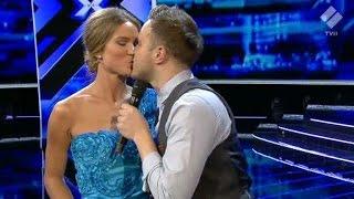 Olly Murs lurar till sig en kyss av Marie Serneholt - X Factor (TV4)