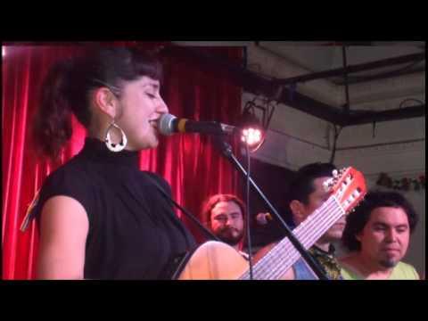 Natalia Alvarez A. (Chorizo Salvaje) - Fuego (Versión Acústica)