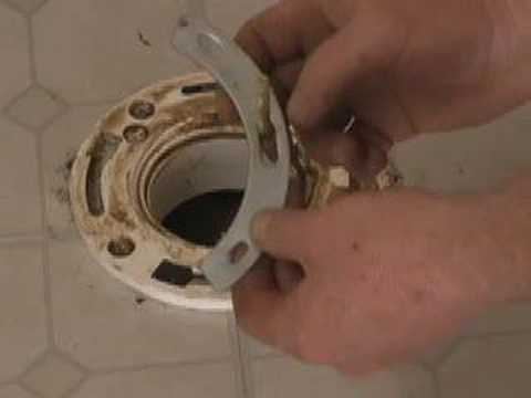 ROCKING OR LEAKING TOILET FLANGE REPAIR  (CC)