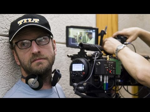 Steven Soderbergh Coming Out Of Retirement? - Collider