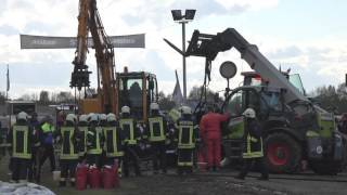 Crash Simply Irresistible @ Tractor Pulling Füchtorf 2016-04-24 by MrJo