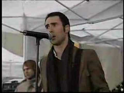 Maroon 5 - Must Get Out