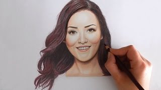 Timelapse | Drawing Mascha Feoktistova - Beautygloss with colored pencils | Emmy Kalia