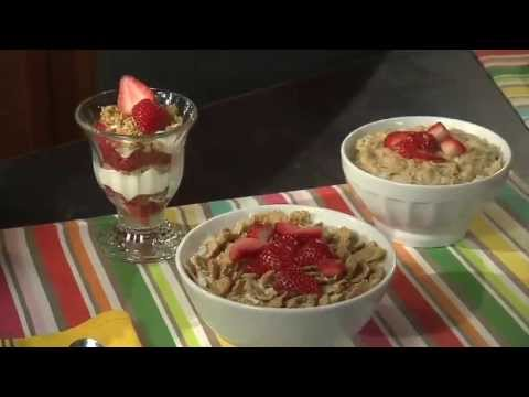 Parents, learn how to build a better lunch box for your kids using California strawberries. Sylvia Melendez-Klinger gives you great advice on creating healthy, nutritious lunches and snacks.