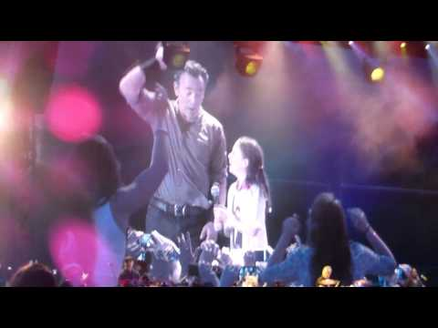 Bruce Springsteen - Bruce Springsteen Waitin on a Sunny Day Live in Kilkenny