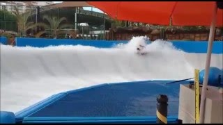 Surf de piscina  Pool  Surf!