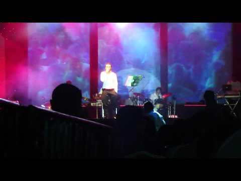 sonu nigam performing live (kannada)