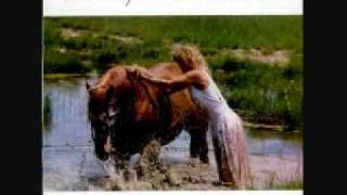 Watch Tanya Tucker Would You Lay With Me (in A Field Of Stone) video